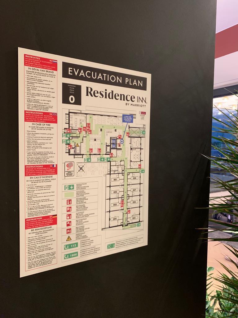 Veiligheidssignalisatie bij hotel Residence Inn by Marriott, evacuatieplan door Actual Sign, member of the Remotec Group